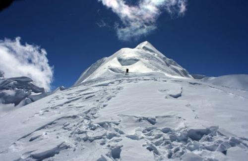 chulu-west-peak-nepaltravel.be-trekking-expeditie-nepal-nepalreis-himalaya-groepsreis-nederlandsebegeleiding-teahousetrek-tenttrek